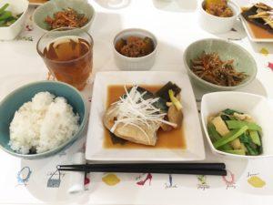 鯖のみそ煮 かぼちゃの煮物~ そぼろあん~ きんぴらごぼう 小松菜の煮浸し