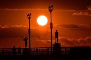世界三大夕日が見れる幣舞橋