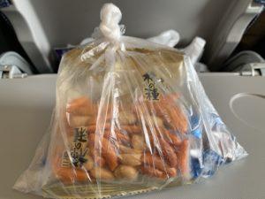 1人1袋お菓子袋を支給