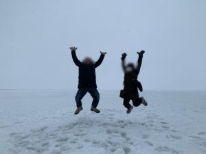 氷の上でトリック写真