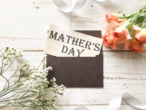 年に一回の母の日。母の日だからこそ感謝の気持ちを伝えやすい。