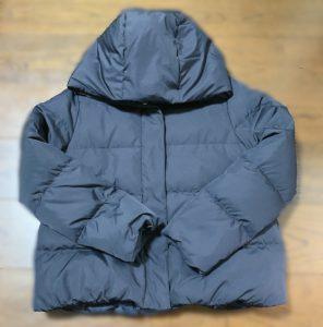 今回洗濯するダウンジャケットはこちら。購入したのは3年ほど前、価格は20,000円位。