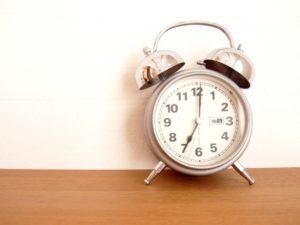 体内時計をリセットするために早起きする