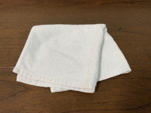 雑巾は古くなったタオルや布巾を使用