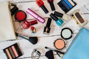 セルレは、化粧品・美容雑貨専門のアウトレットショップです。