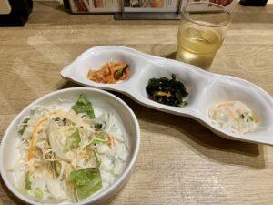 食べている途中で重くなってきても、合間に韓国小皿を挟むとさっぱりしてどんどん食べれちゃいます。