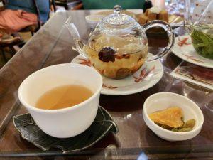 悟空八宝茶はお湯お注ぐと花が開く可愛い中国茶です。