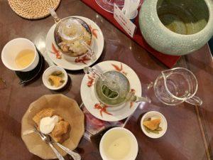 中国茶も数煎出せるので思わず長居してしまいます。 悟空茶荘での喫茶は心休まる時間となりました。