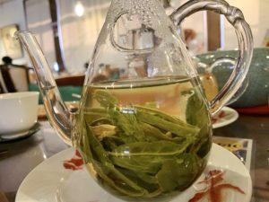 太平猴魁という緑茶の茶葉は大きくて立派な茶葉です。香り甘めです。