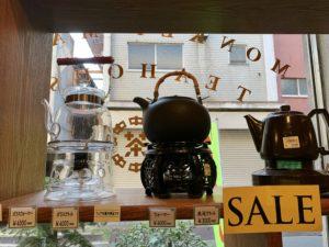 ポットやカップなど、実際にカフェで使用したものと同じものが売っているので欲しくなってしまいます。