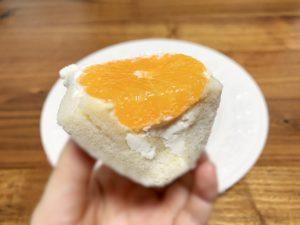 食パンはドンパンのかえでという種類を使用しています。 かえでは最高級のカナダ産のメープルを使用しており、メープルの甘さと香りを楽しめる食パンです。