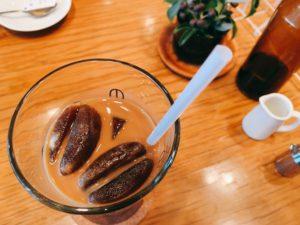 カフェ・グラッセ 税込650円。かなり濃いめなのでミルクをたっぷり。