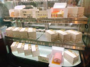 【ありあけマルシェ】ロールケーキ やプチガトーセットも絶品!