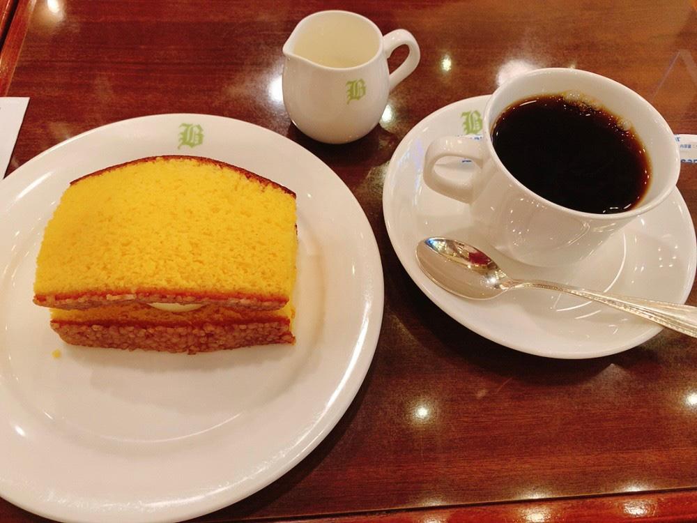 文明堂茶館ル・カフェのカステラアイスクリン